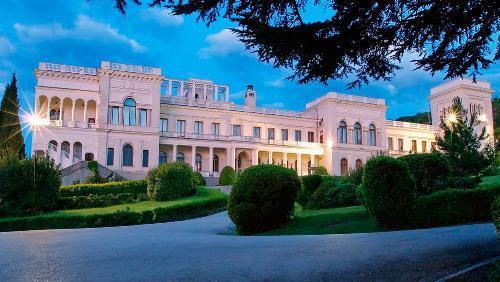 livadijskij-dvorec-v-krymu