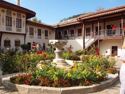 Бахчисарайский дворец: история, описание